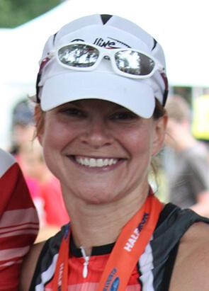 Lynn Strauss, Club Manager